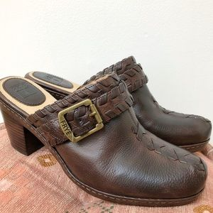 NWOB Frye Candy Lace Mule Clog Brown Leather